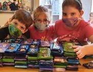 A Bohócdoktorok egész évben segítik az adományosztást